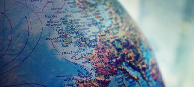 globe focusing in on Ireland